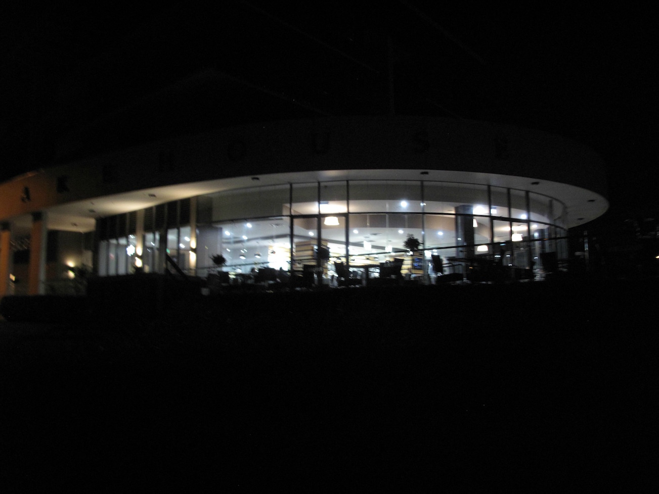 Riviera Cafe And Restaurant Maribyrnong